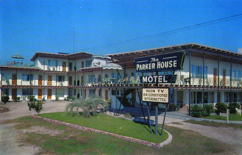 LILEKS (James) :: Motel Postcards
